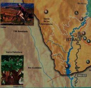Cartel turístico en Istán con la localización (Nº 8) del Castaño Santo.